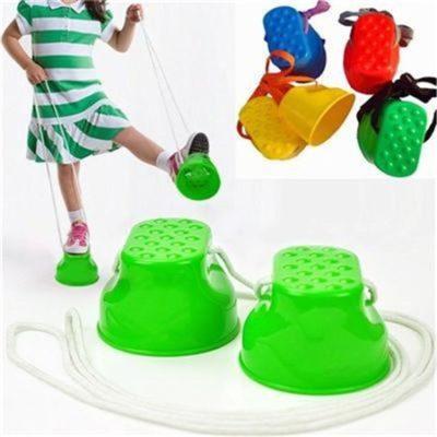 Outdoor-Plastic-Balance-Training-Equipment-Smile-Jumping-Stilts-for-Children-Kids-Walker-Toy-Monster-Feet-Fun.jpg_640x640 (450 x 450)