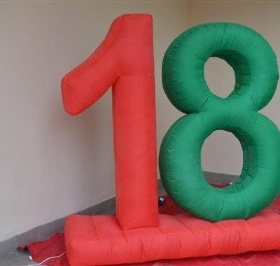 18 anni gonfiabile