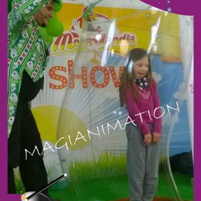 MAGIA COMICA CON BUBBLE SHOW